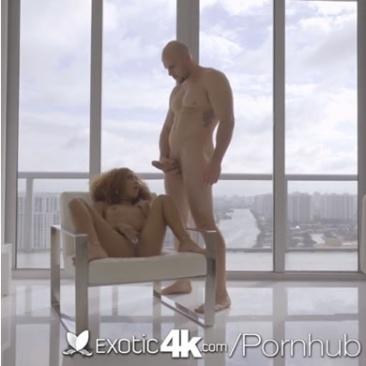 Kendall Woods - szex a felhőkarcolóban